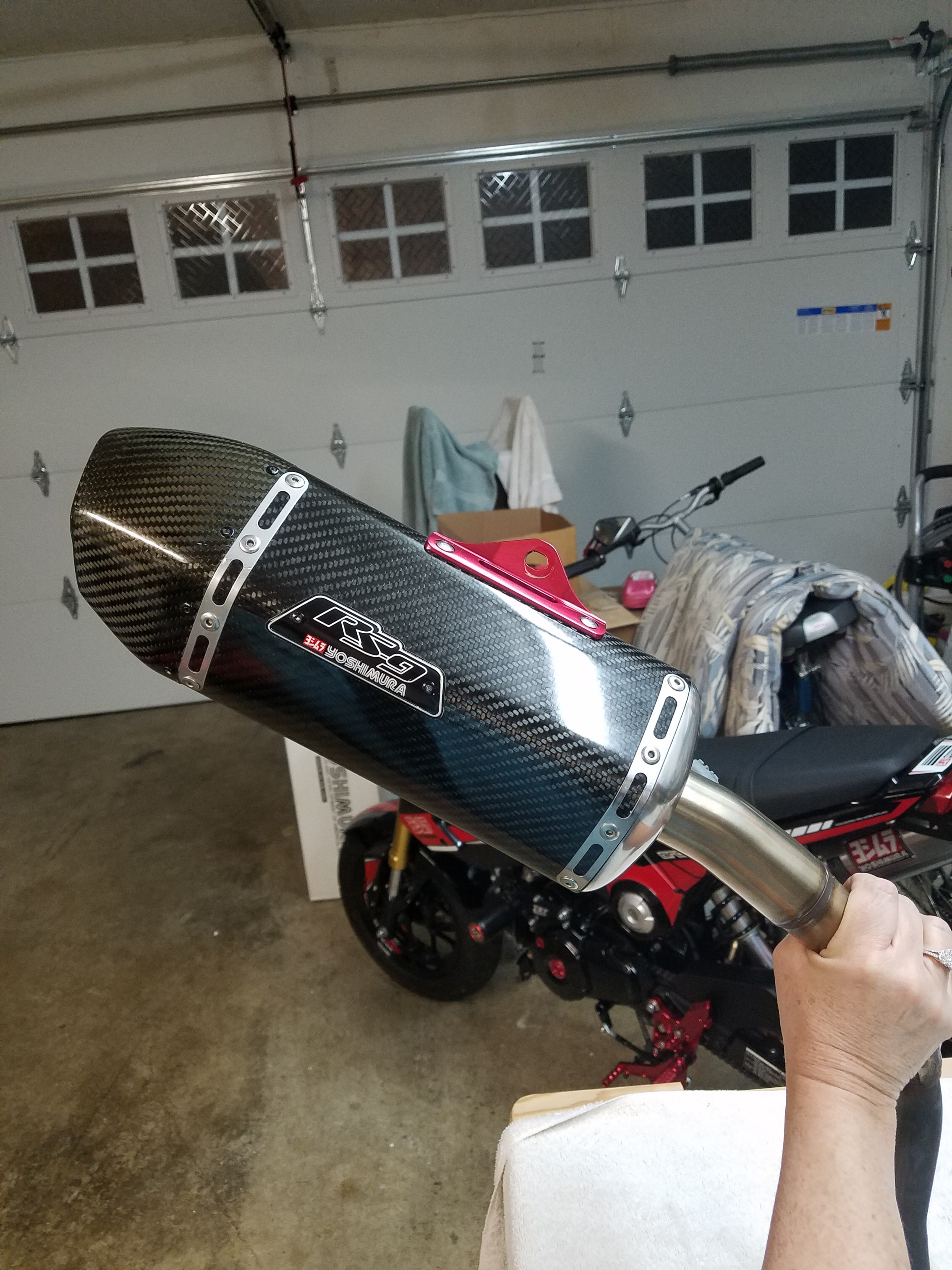 Yoshimura RS9 Carbon Fiber canister and stainless tailpipe-20190131_203139_resized_1.jpg