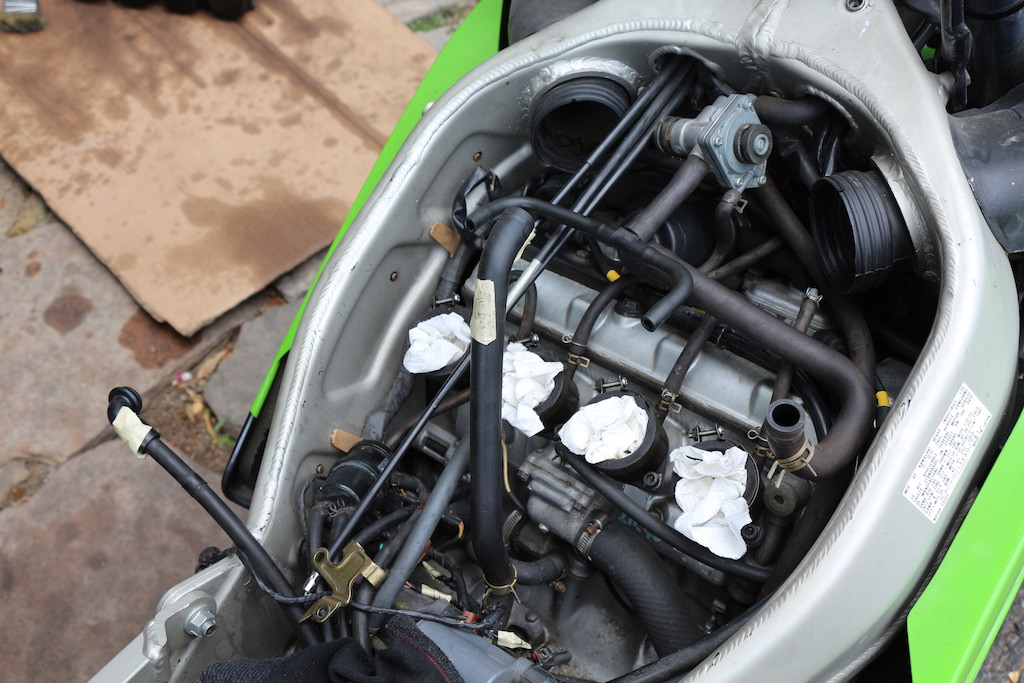 Decided to do some work on my 99 ZX6r, clean carbs, change spark plugs-pictures-carb-removed.jpg