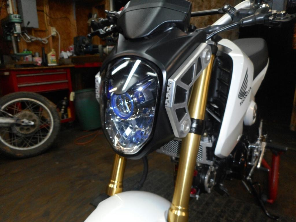 BikerzBits, tdm headlight and rear caliper adapter-dscn0893_zpsxrmue4x7.jpg