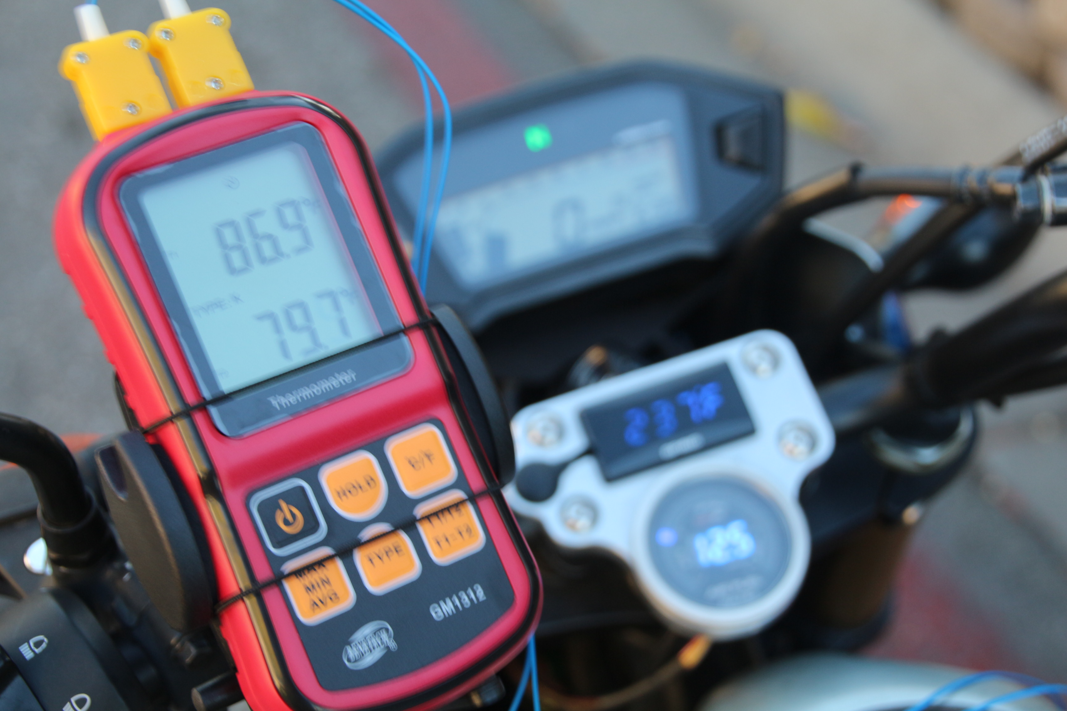BBK Koso 170 or Kitaco Neo 181-grom-gauges-monitoring.jpg