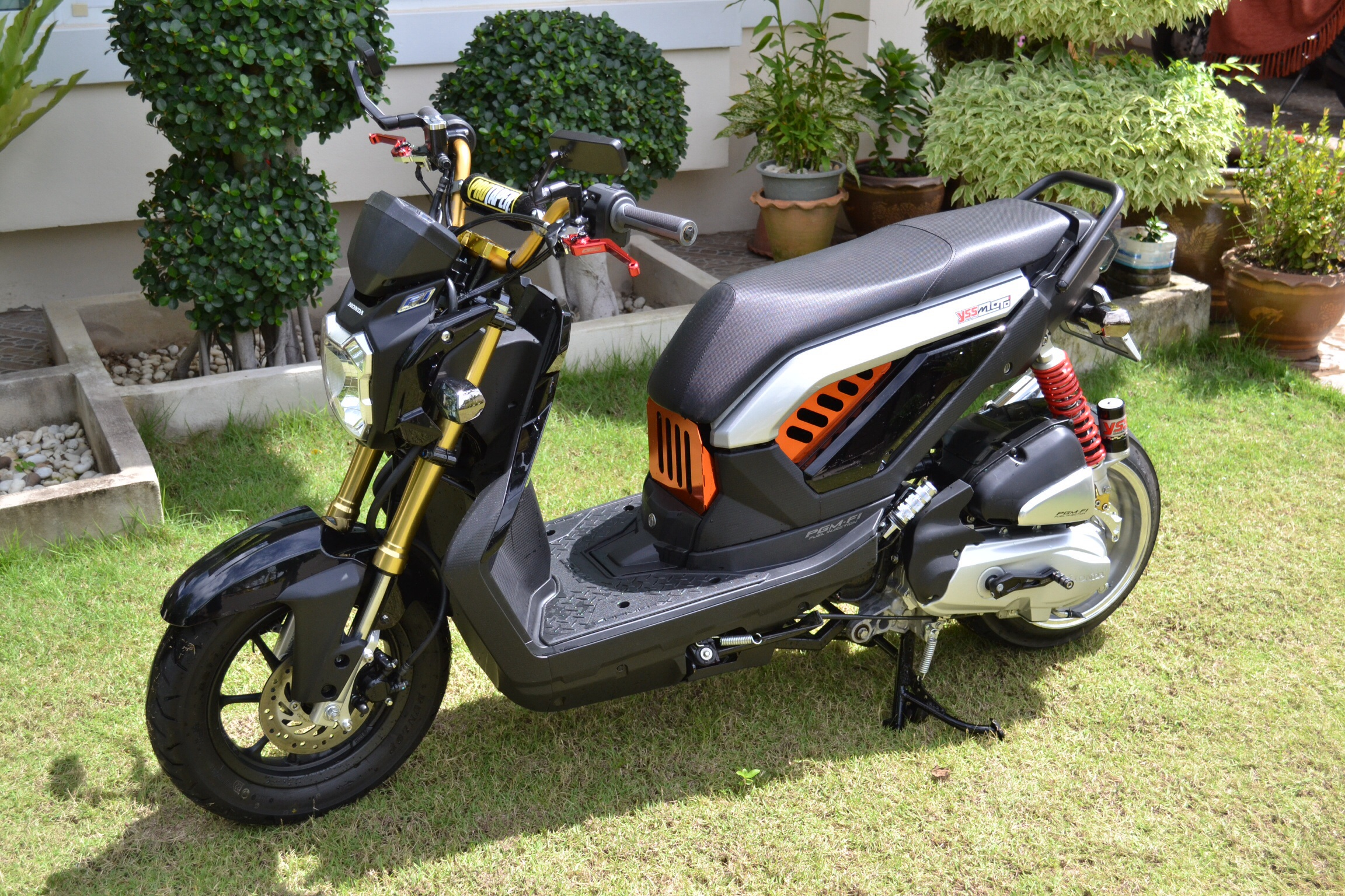 modified zoomer   grom msx