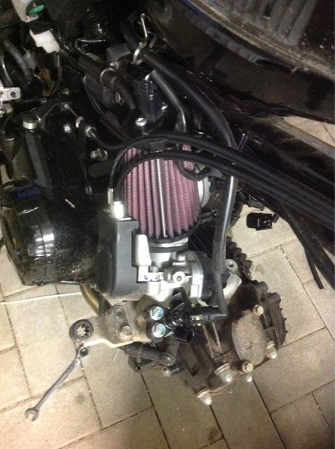 Cbr125 throttle body on MSX 125