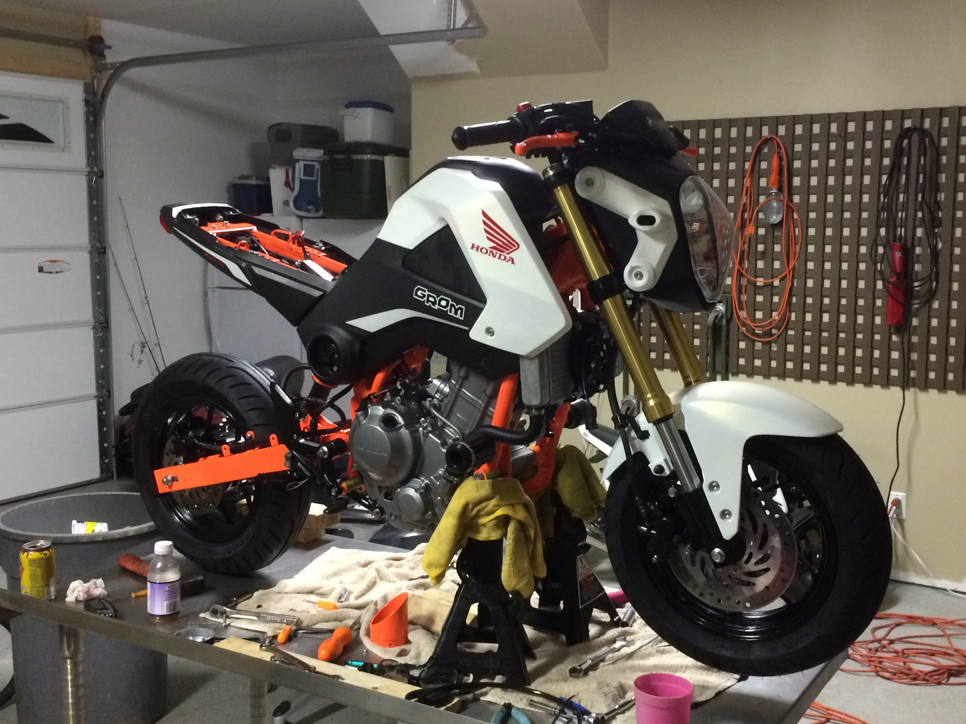 Build: 300cc Grom - Page 3