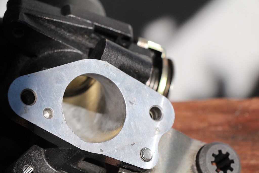 first stage porting on Takegawa 181-4v head, valve cleaning, new piston install-img_5356-copy.jpg