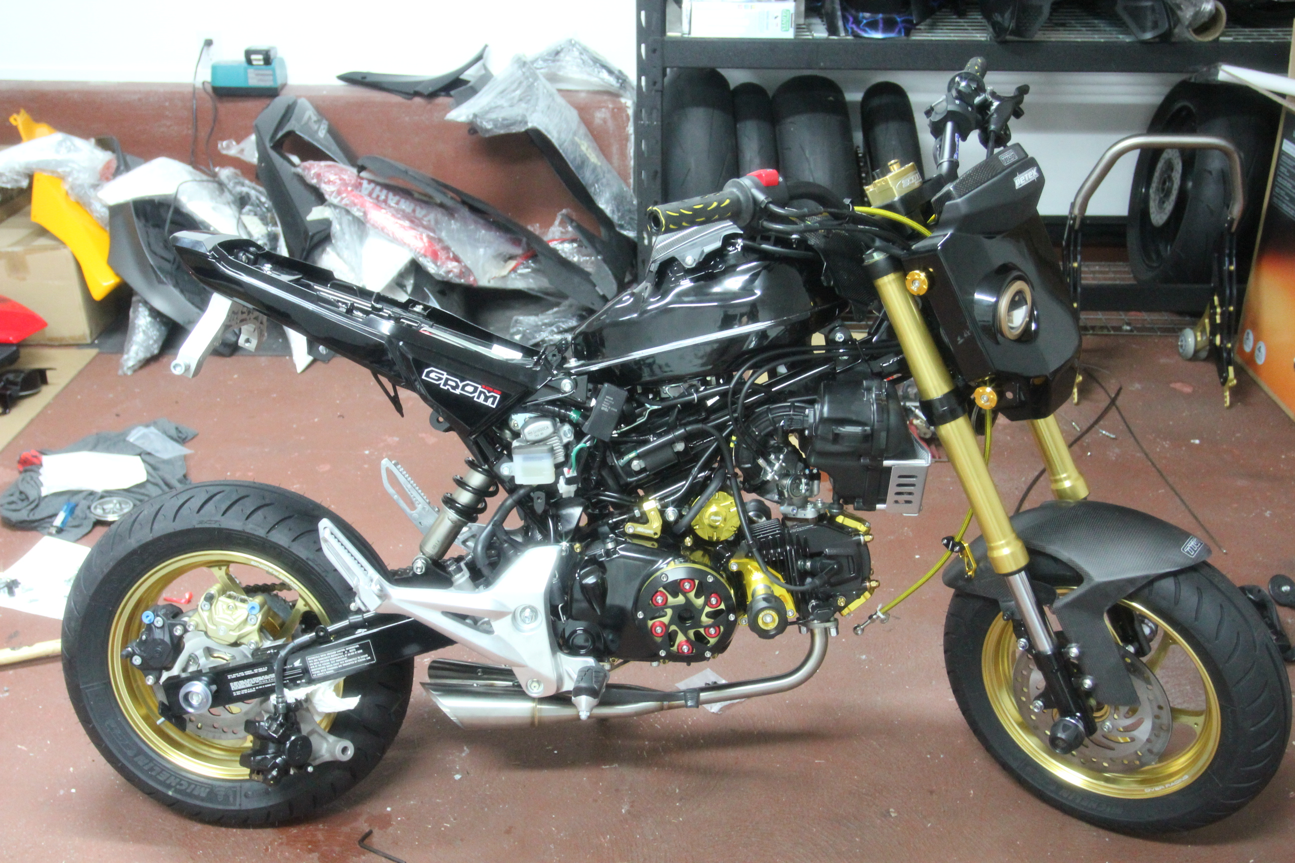 Not2brekinwit S Stunt Bike Daily Commuter Build Gold Carbon And